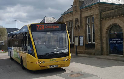 Service 72R bus at Skipton Station